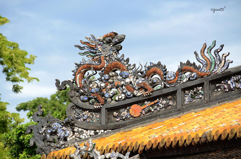 CREACIÓ IMAGINARIA A LES TEULADES DEL PALAUS CIUTADELLA (Kinh Thanh) -HUE - VIETNAM - HOIAN I HUE - FOTOGRAFIES DE HOI AN I HUE