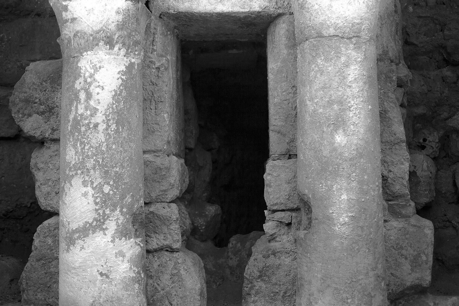 Cripta de San Antolín, 2018 - Niebla (2018) - Ana Frechilla, proyecto fotográfico