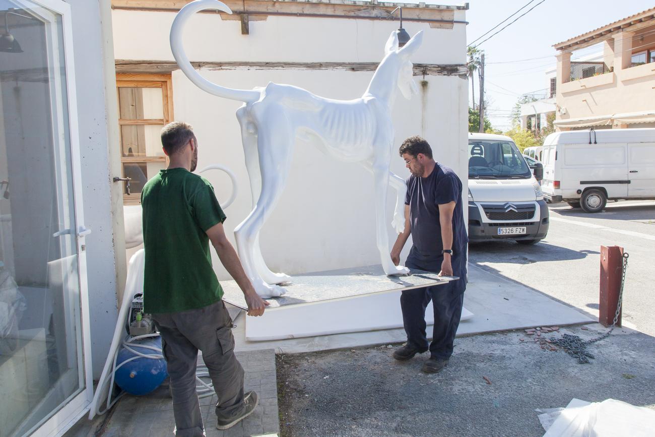 Los podencos Lucas y Dafne - Andreu Moreno, Escultor