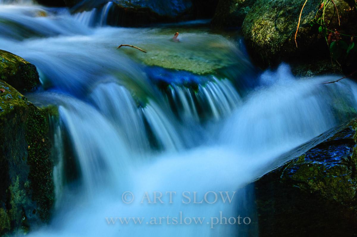 Piedras Vivas – Santa Fe, Parque Natural del Montseny, Catalunya. Edición: 10/10 + 2P/A - Agua es vida - Agua