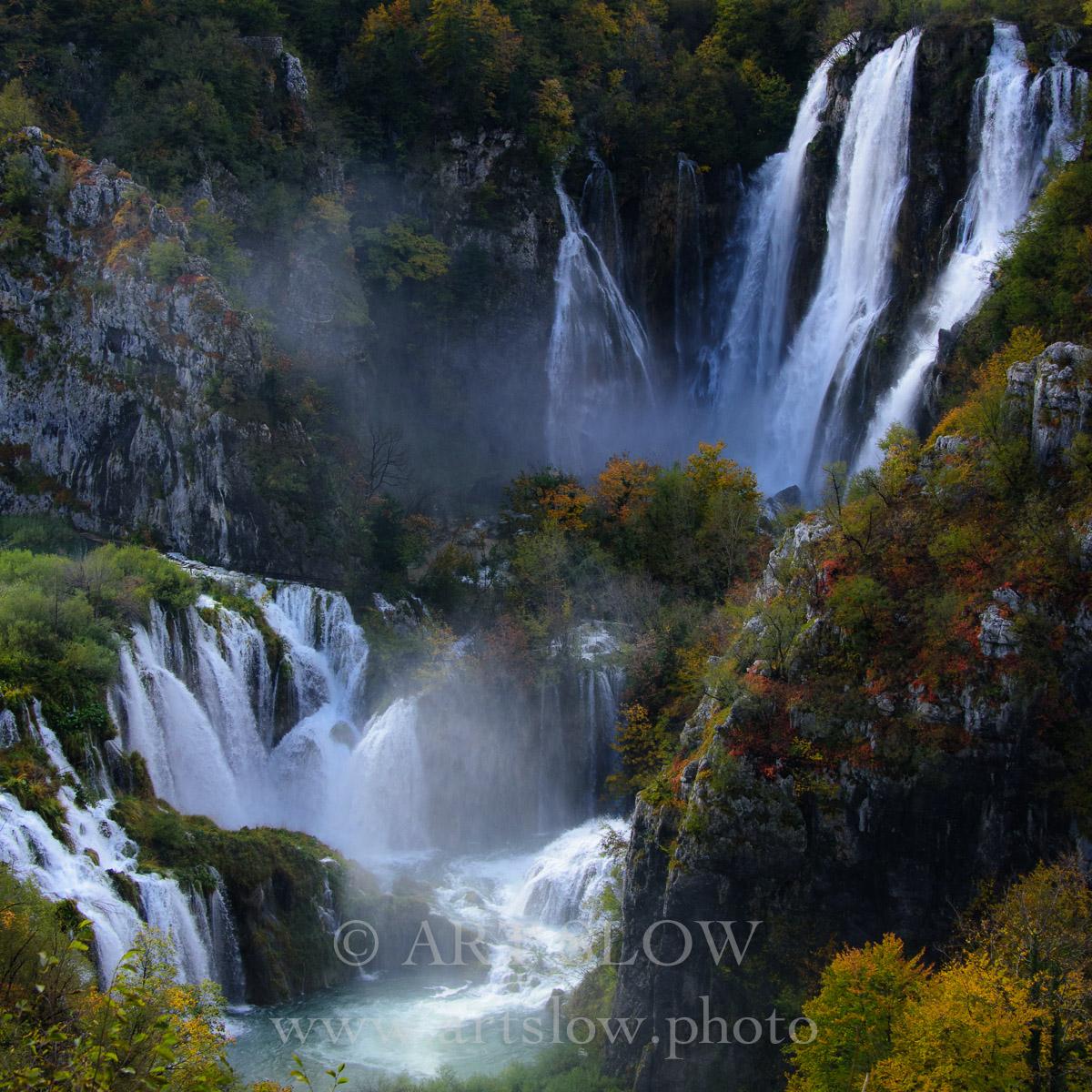 Mensaje Viviente - Parque Nacional de los Lagos de Plivitce, Croacia. Edición: 10/10 + 2P/A - Agua es vida - Agua