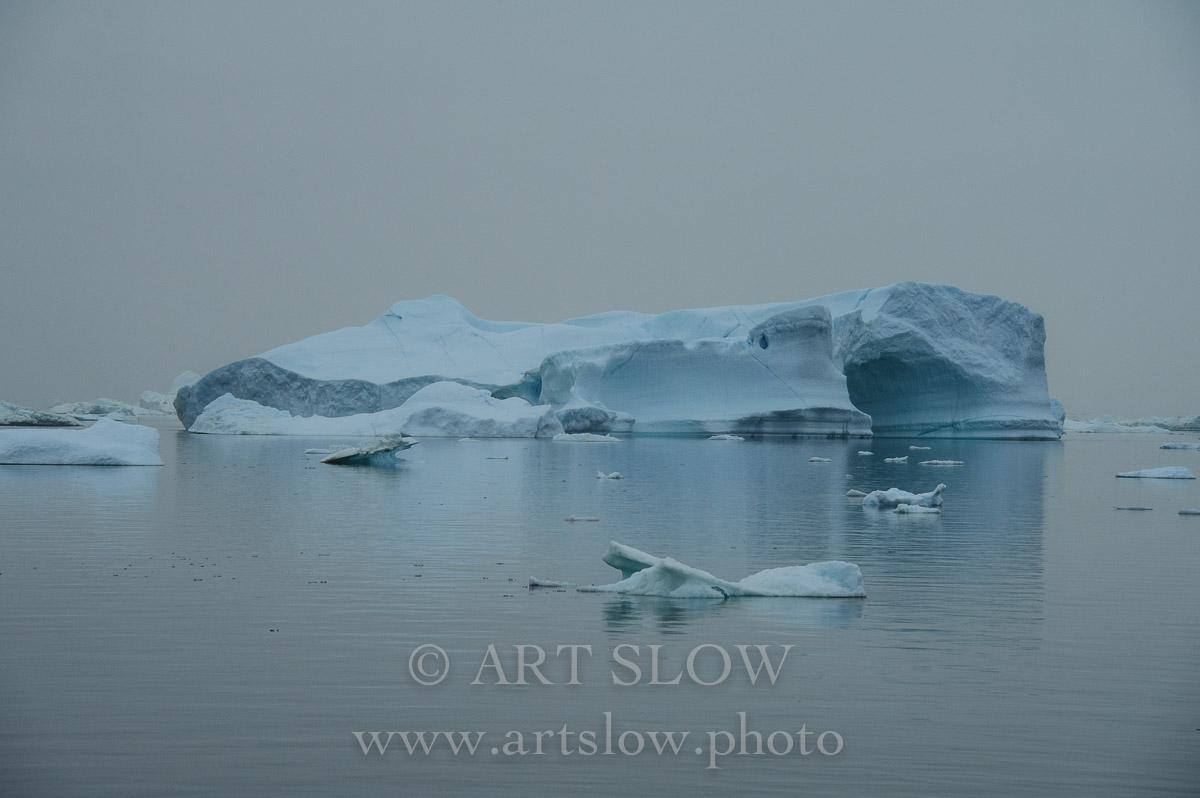 Escultura temporal - Fiordo Ikerasak Ataa Sund, Greenland. Edición: 10/10 + 2P/A - Greenland Catedrales de Hielo - Catedrales de Hielo