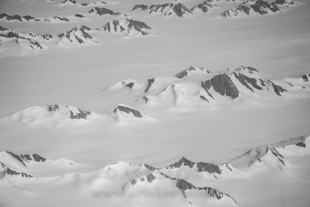 En miniatura - Greenland. Edición: 10/10 + 2P/A - Montañas lejanas - Montañas