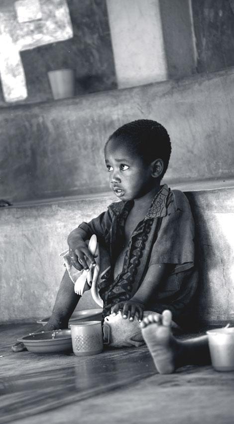 Órfãos Mozambique - Augusto Rodríguez, Landscape & Portrait