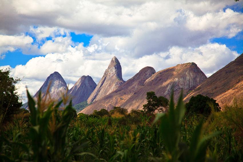 Nacimiento de la cordillera del Monte Namuli- malema -  Norte de Mozambique paisajes - Augusto Rodríguez, Landscape & Portrait