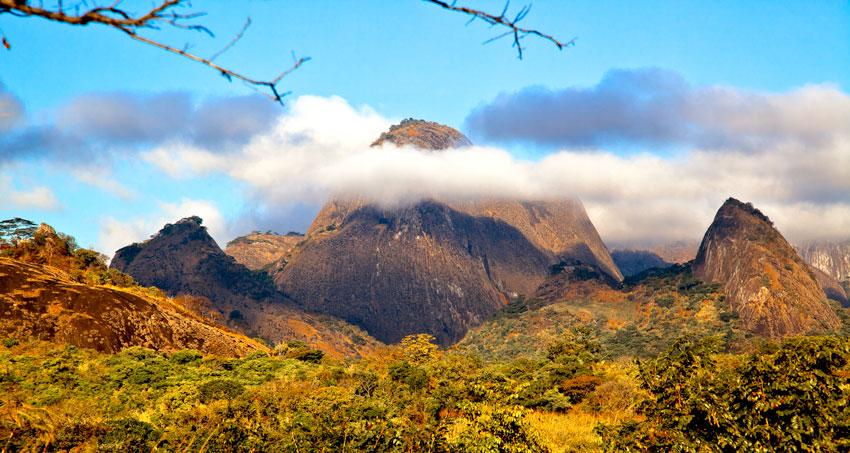 Alto moloque- entre metoro y malema -  Norte de Mozambique paisajes - Augusto Rodríguez, Landscape & Portrait