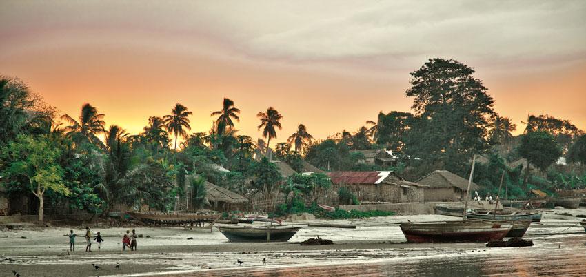 Mocimboa da Praia- Cabo Delgado -  Norte de Mozambique paisajes - Augusto Rodríguez, Landscape & Portrait