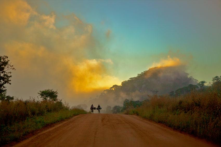 Sofala, amanecer -  Norte de Mozambique paisajes - Augusto Rodríguez, Landscape & Portrait