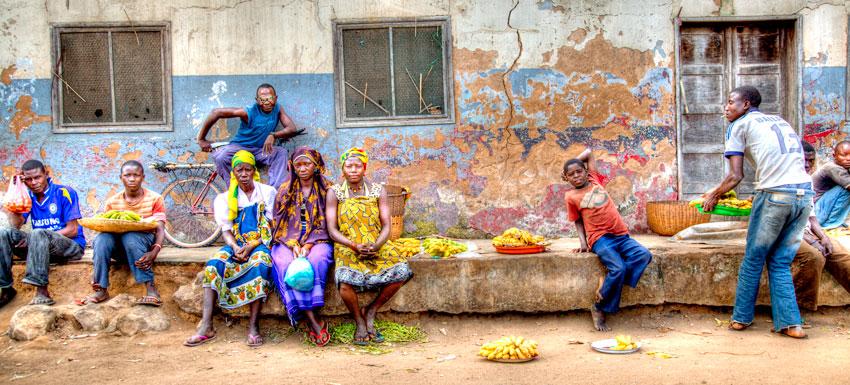 vendedores  ambulantes, Ntutupue- Cabo Delgado - Mozambique varios - Augusto Rodríguez, Landscape & Portrait