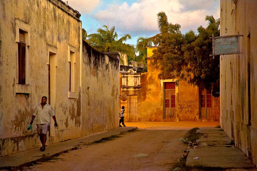 Isla de Mozambique - Mozambique varios - Augusto Rodríguez, Landscape & Portrait
