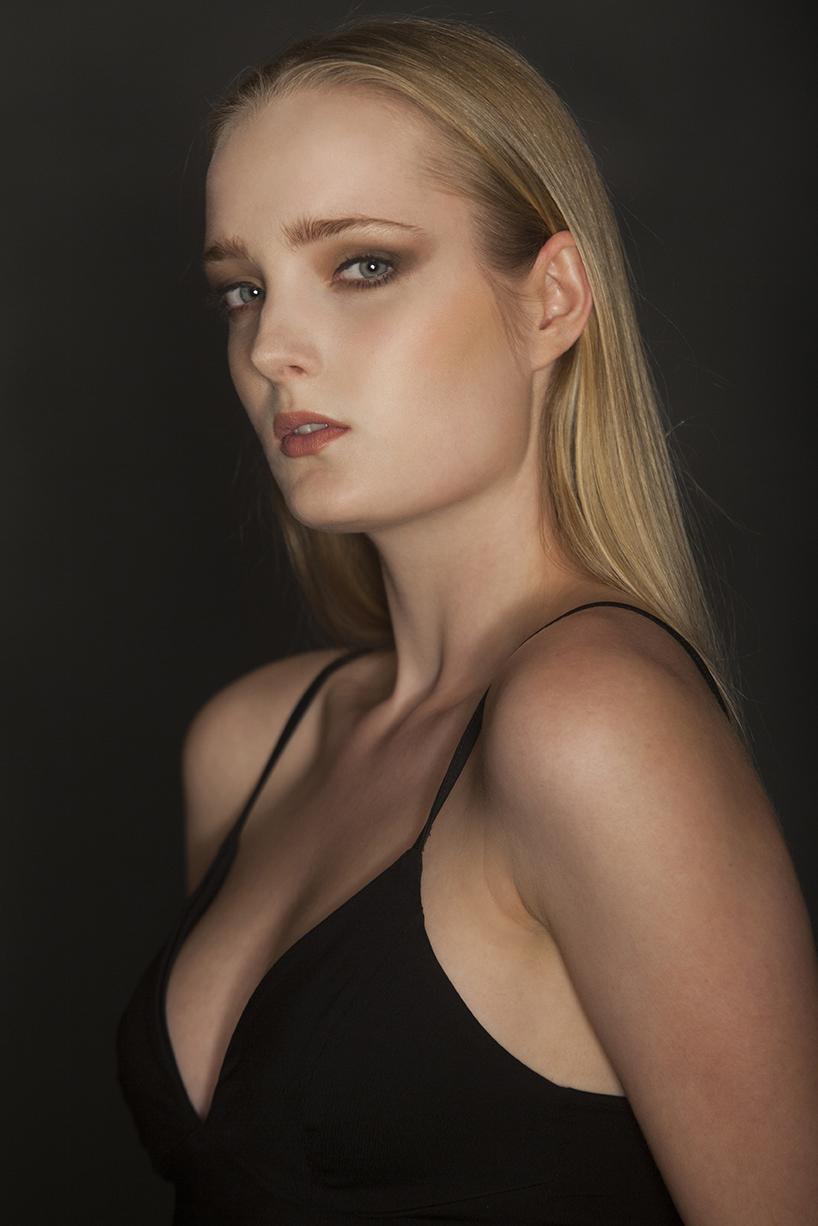Beauty - Axel Calvet, Photography