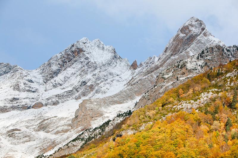 Abrazo del otoño e invierno en el circo de Pineta. - Otoño en el Pirineo - Bakartxo Aniz Aldasoro, Fotografía de naturaleza, etnografía y viajes