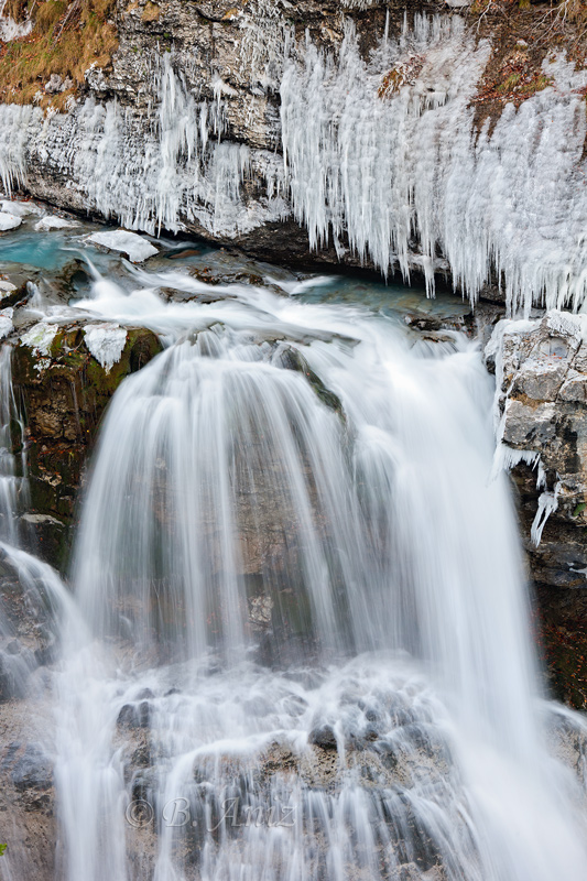 Ambiente invernal en el río Arazas. - Otoño en el Pirineo - Bakartxo Aniz Aldasoro, Fotografía de naturaleza, etnografía y viajes