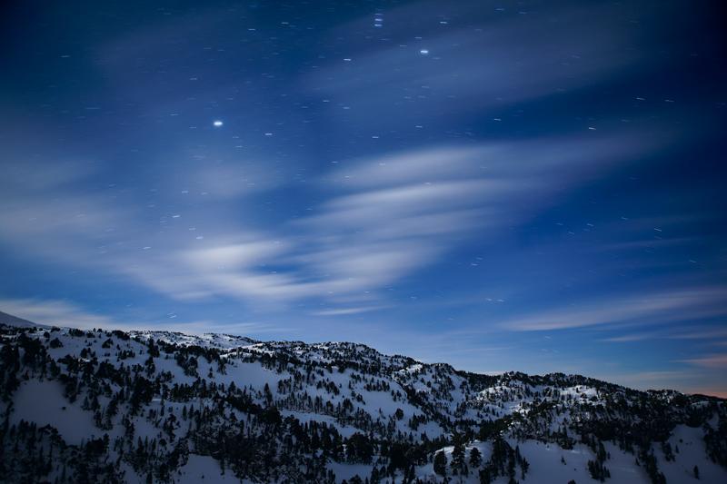 Bosque de Larra con luz de luna y estrellas - Pirineo navarro - Paisaje - Bakartxo Aniz - Fotografías de paisajes en Pirineos, Suiza y Venezuela.