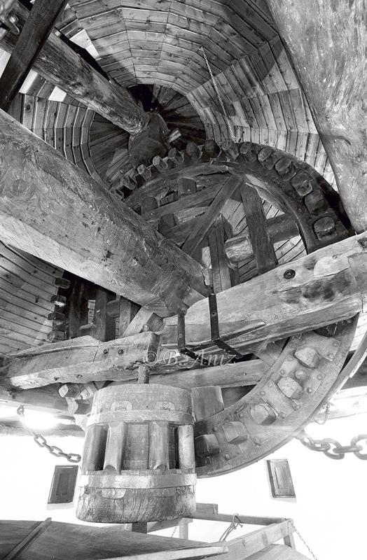 Mecanismo interior del S. XVI - Molinos de la Mancha - Bakartxo Aniz - Fotografías sobre los Molinos de viento - La Mancha.