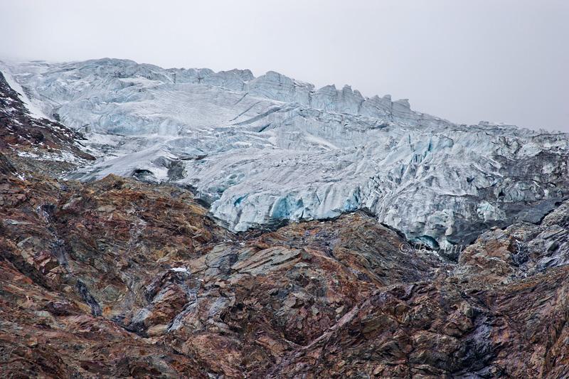 Fusión de glaciar y roca - Alpes suizos - Bakartxo Aniz - Fotografías de los Alpes suizos. Cervino - Matterhorn.