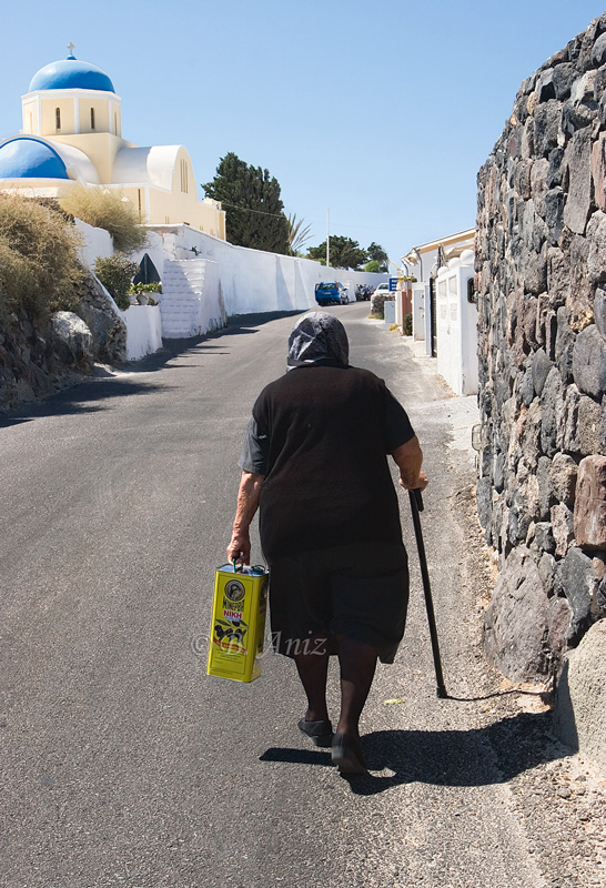 Anciana griega - Thira - Grecia - Bakartxo Aniz - Fotografías de Grecia. Naxos, Santorini.