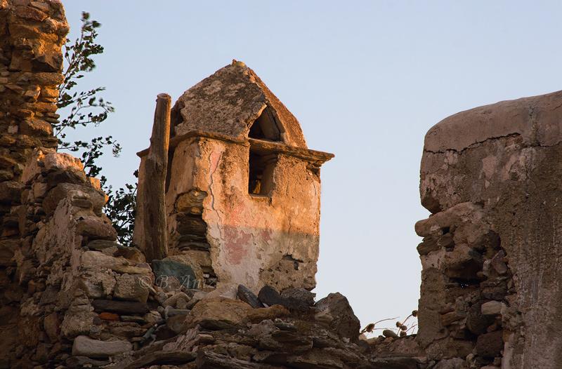 Chimenea - Grecia - Bakartxo Aniz - Fotografías de Grecia. Naxos, Santorini.