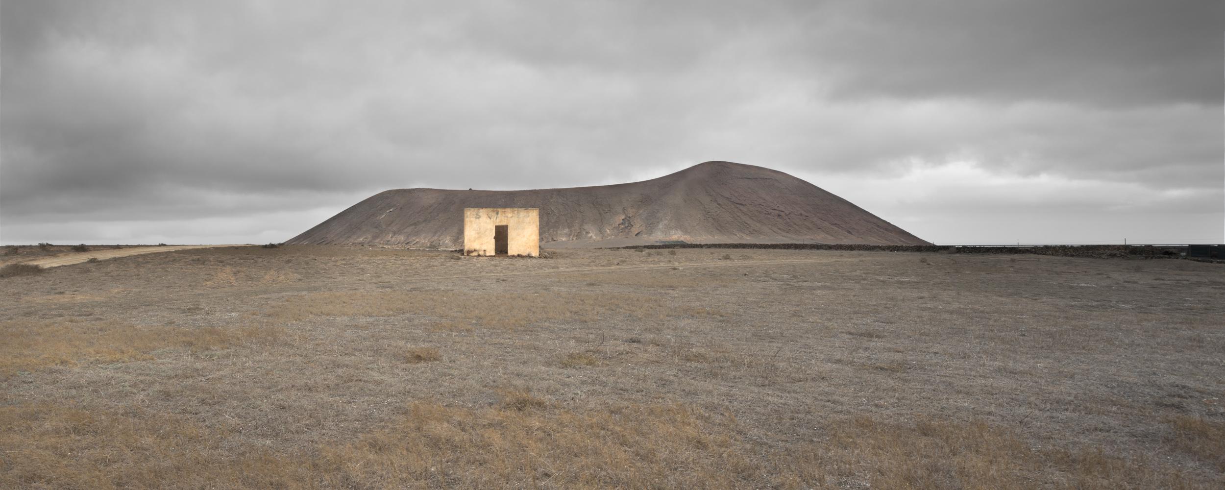 lancelotto's house - THE ISLAND OF THE HORIZON - cesar azcarate, photography