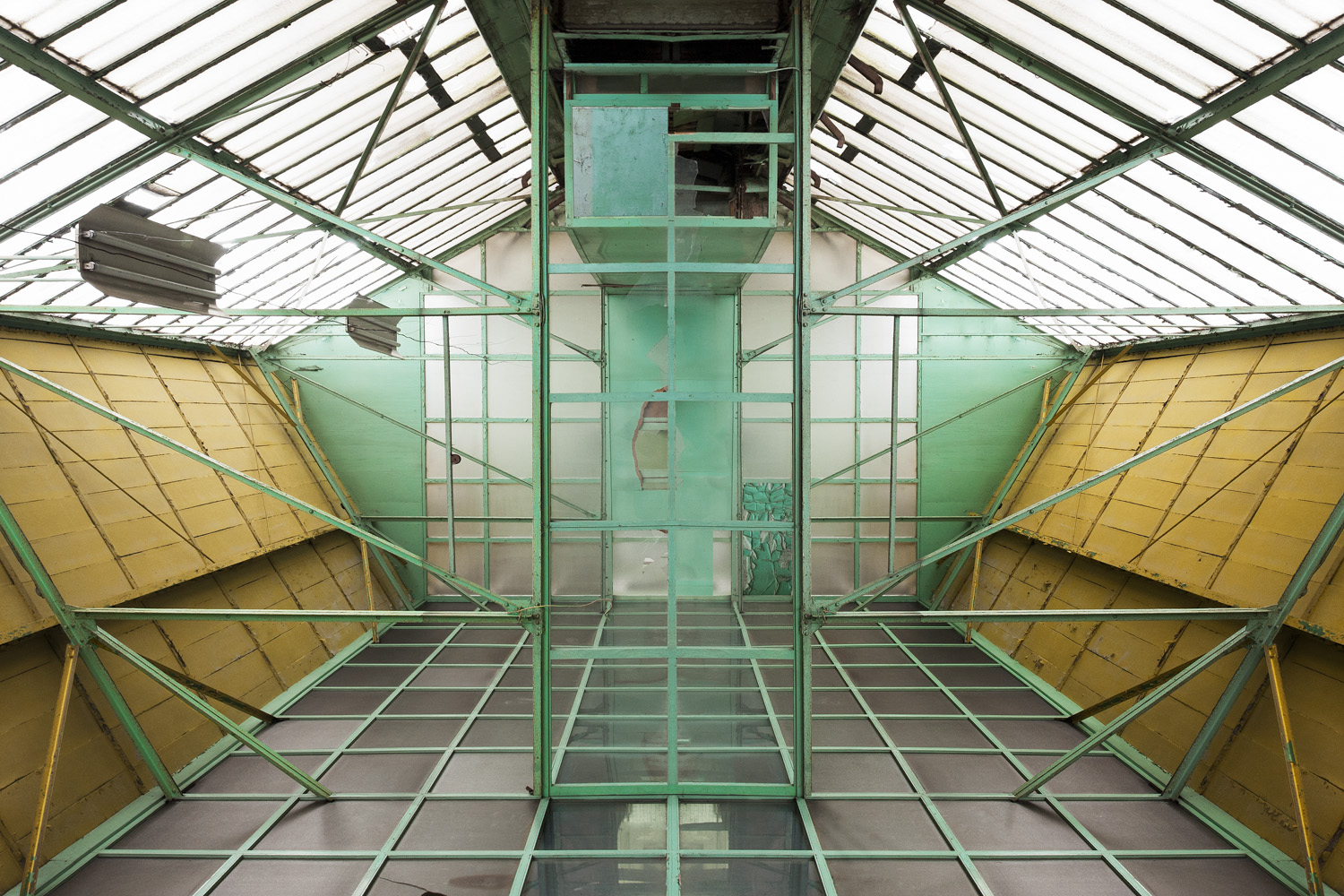 IMAGINARY SPACES - cesar azcarate photography, galleries, imaginary spaces