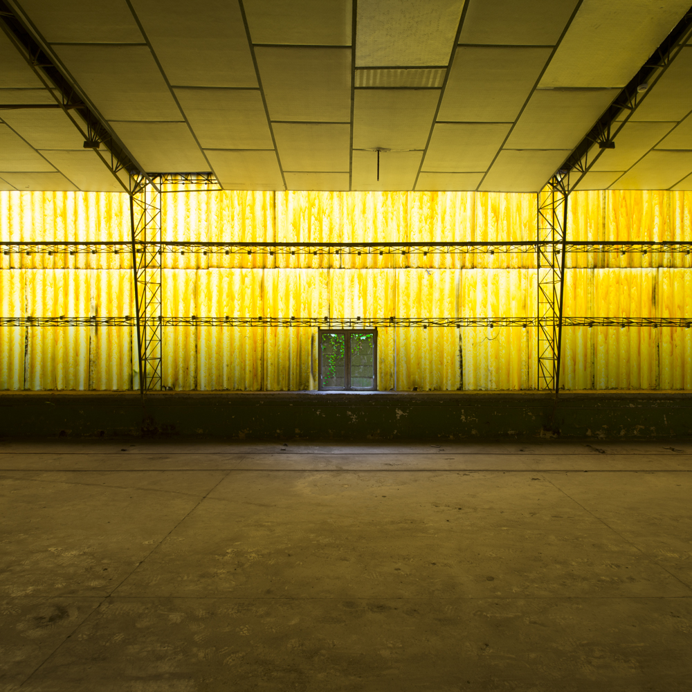 plastic - ATMOSPHERES - cesar azcarate, photography