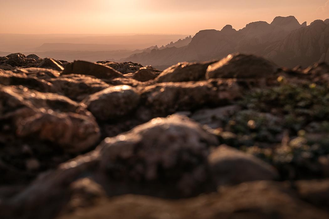 From Mars to Montserrat - Naturaleza -