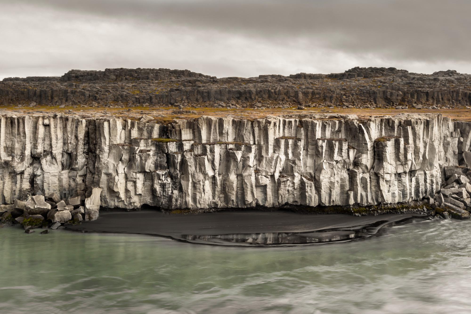 Alrededores de Godafoss   Icelandica - Godafoss Waterfall area   Icelandica - Icelandica   Dani Vottero, Travel Photography