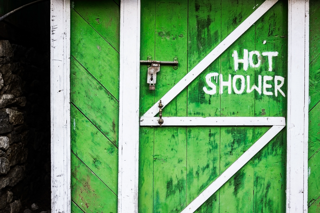 Hot Shower - HIMALAYAN TRAILS - Himalayan Trails | Dani Vottero, fotografia di viaggio in Nepal