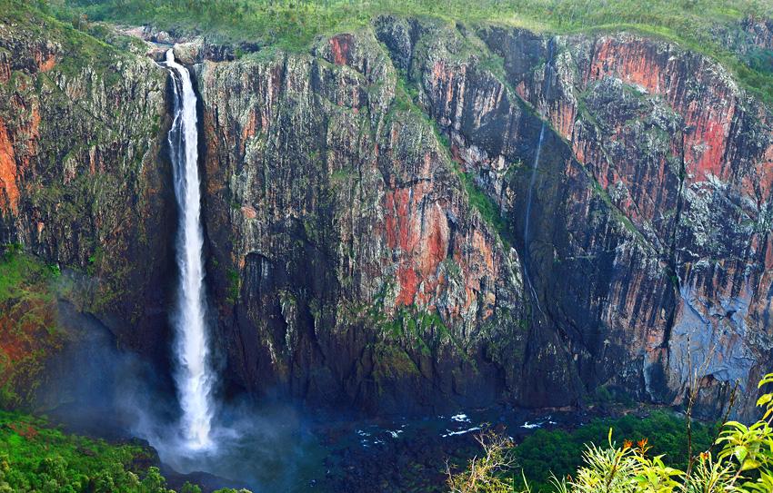 Wallaman Falls, QLD - El reino Ocre: Territorio del Norte y Queensland, Australia - Daniel Montero , Fotografía