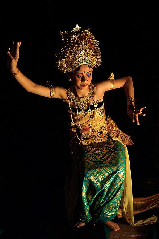 Bailarina balinesa - Historias nunca contadas - Daniel Montero , Fotografía