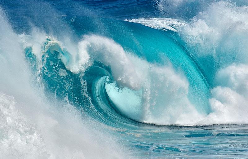Cuando el Océano se convierte en fuego azul - Caprichos del Océano - Daniel Montero , Fotografía