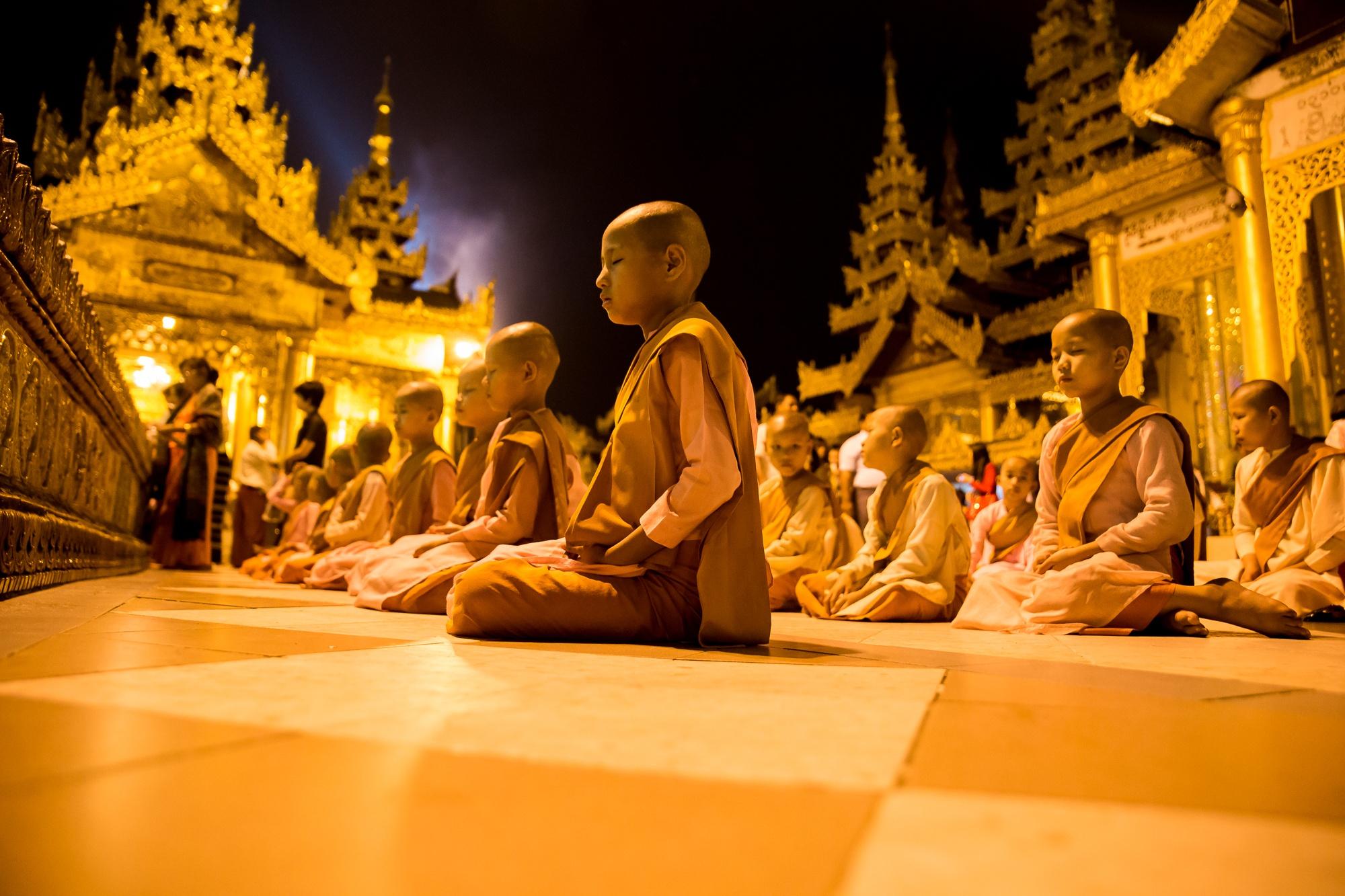 MYANMAR - ARGAZKI MAHATU, Photography & films.