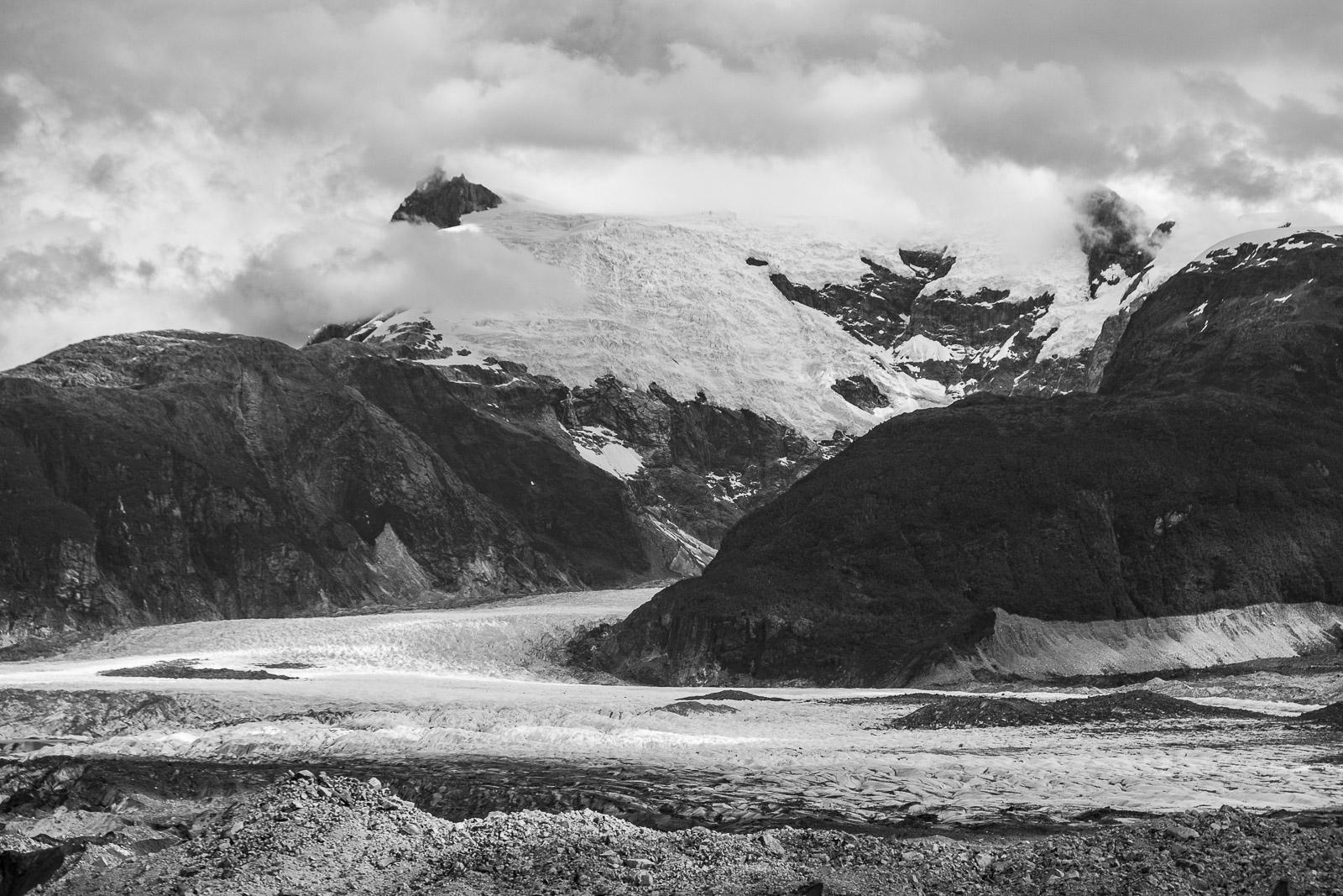 Ladera noreste del Monte San Valentín, en la región de Aysén del General Carlos Ibáñez del C ampo,Chile - Aysén - Eduardo Cerda. Fotografías de Aysén.Chile.