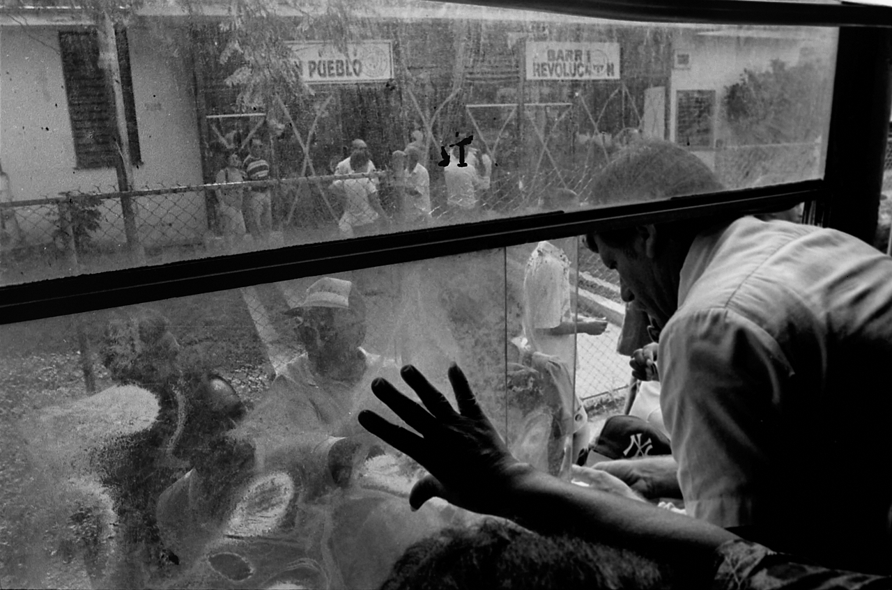 Camello (autobús). La Habana, Cuba. - Cuba  - Eduardo Cerda-Sánchez, Fotografia