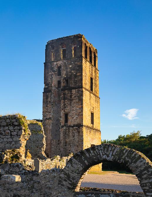 Torre de Panamá - PRINTS FOR SALE - Eduardo Molino, Photography