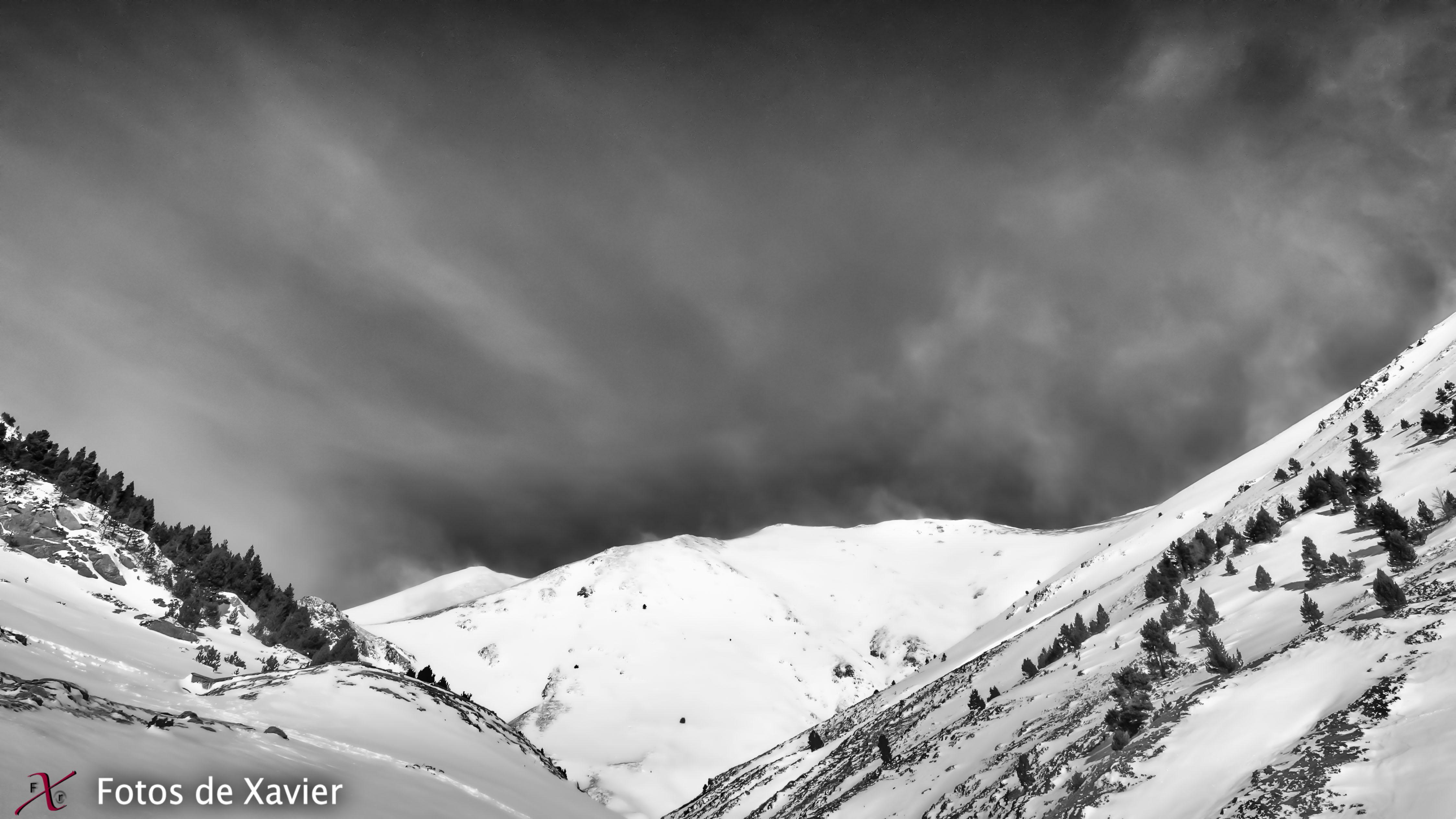 Vall d'Eina - Blanco y negro - Fotos de Xavier. Fotografia de naturaleza y paisaje en blanco y negro. Xavier Linares