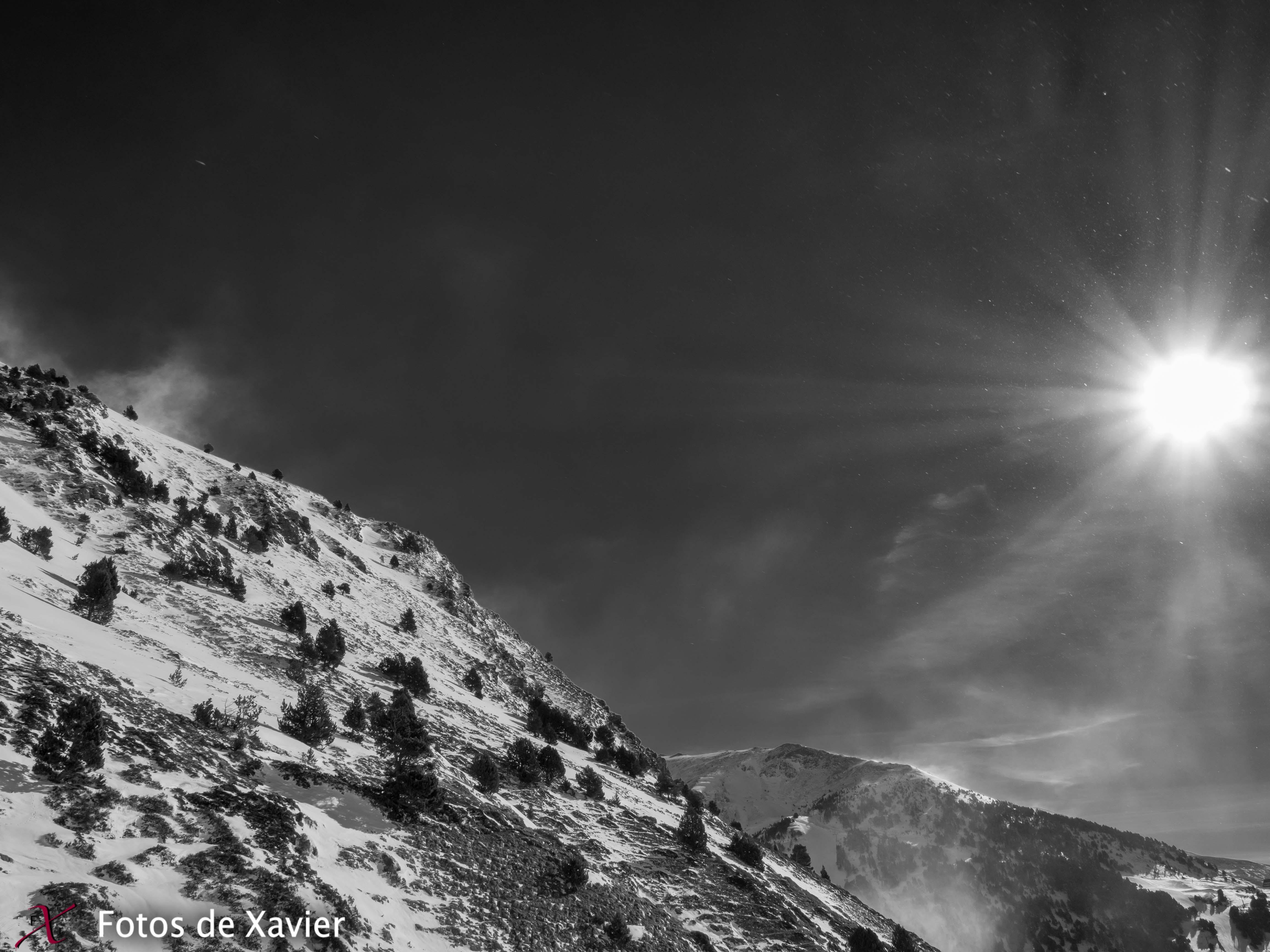 Sol, viento y nieve - Blanco y negro - Fotos de Xavier. Fotografia de naturaleza y paisaje en blanco y negro. Xavier Linares