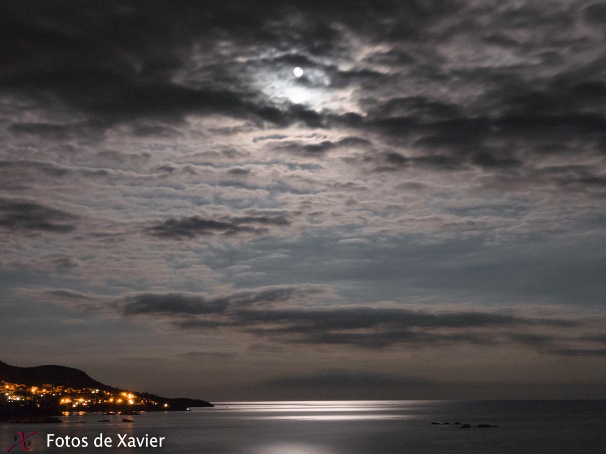 Luz de luna - Luz - Fotos de Xavier. Fotografia de naturaleza y paisaje. Xavier Linares