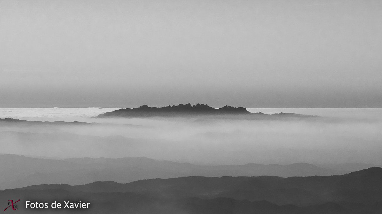 Montserrat - Blanco y negro - Fotos de Xavier. Fotografia de naturaleza y paisaje en blanco y negro. Xavier Linares
