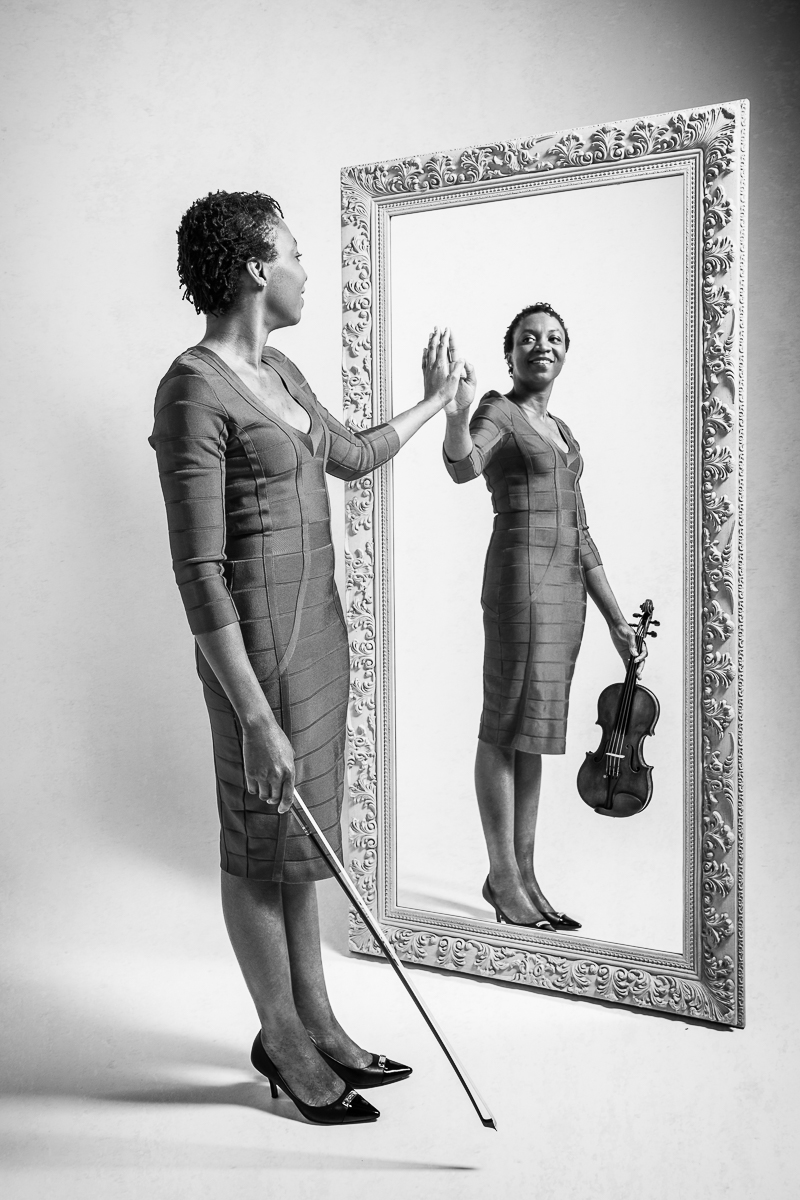 Tai Murray - PORTRAIT - GABY MERZ, circus photography