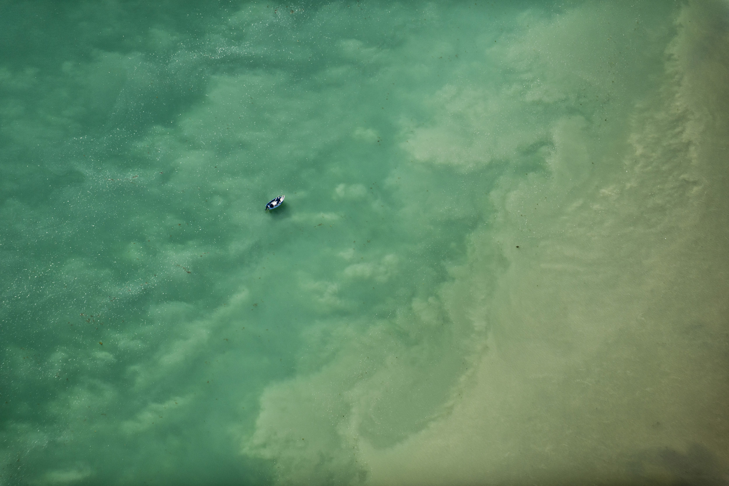 Bottom of the sea - Volaverunt - Hector Garrido, Aerial and human photography