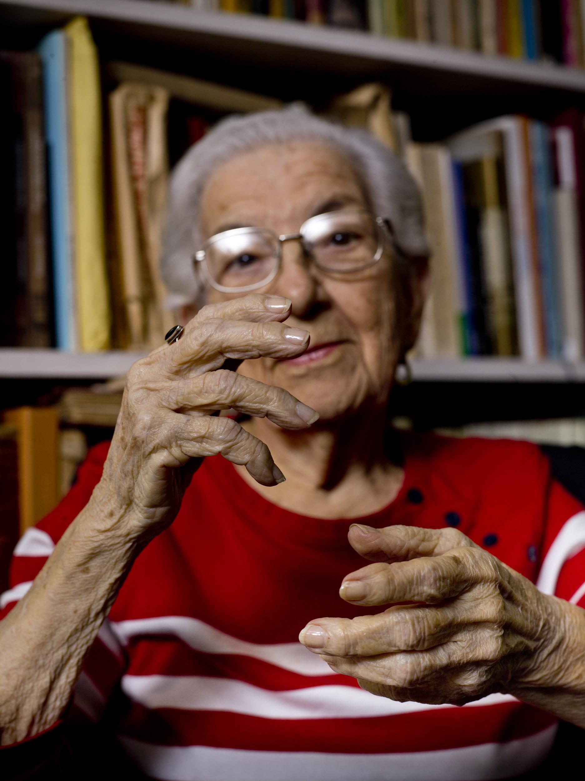 María teresa Linares, musicology - Illuminated Cuba - Hector Garrido, Aerial and human photography