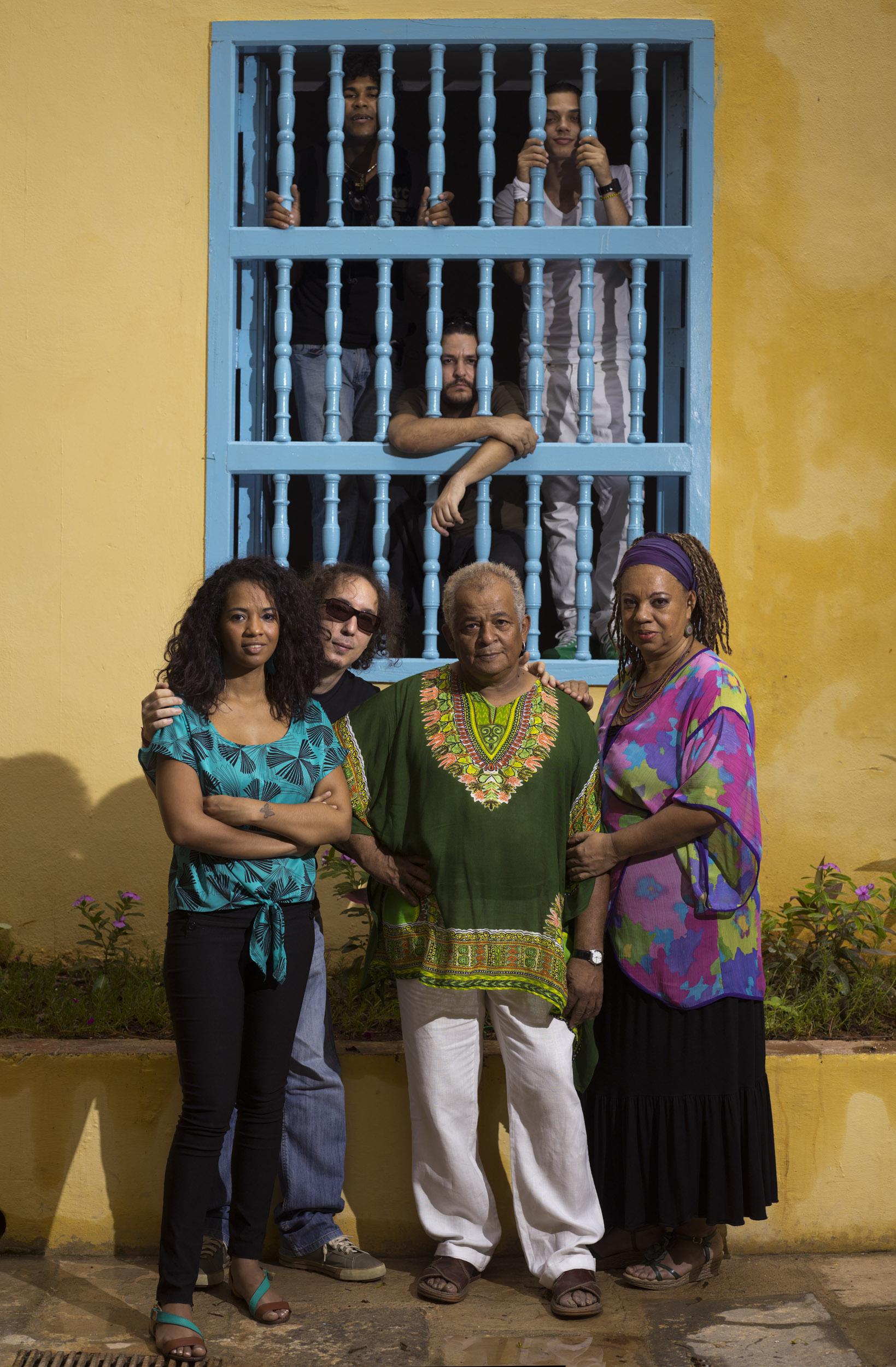 Síntesis, musicians - Illuminated Cuba - Hector Garrido, Aerial and human photography
