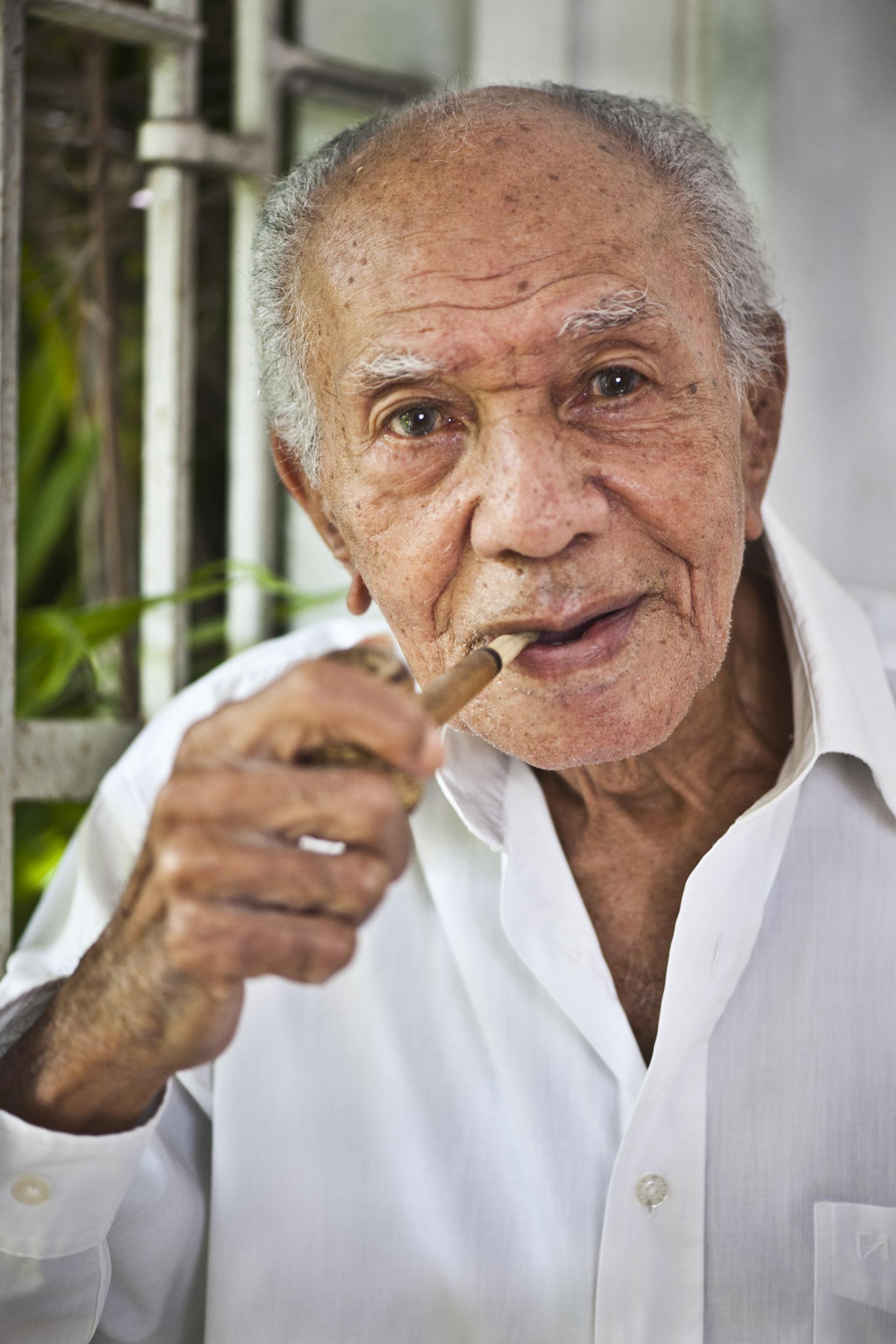César Portillo de la Luz, musician - Illuminated Cuba - Hector Garrido, Aerial and human photography