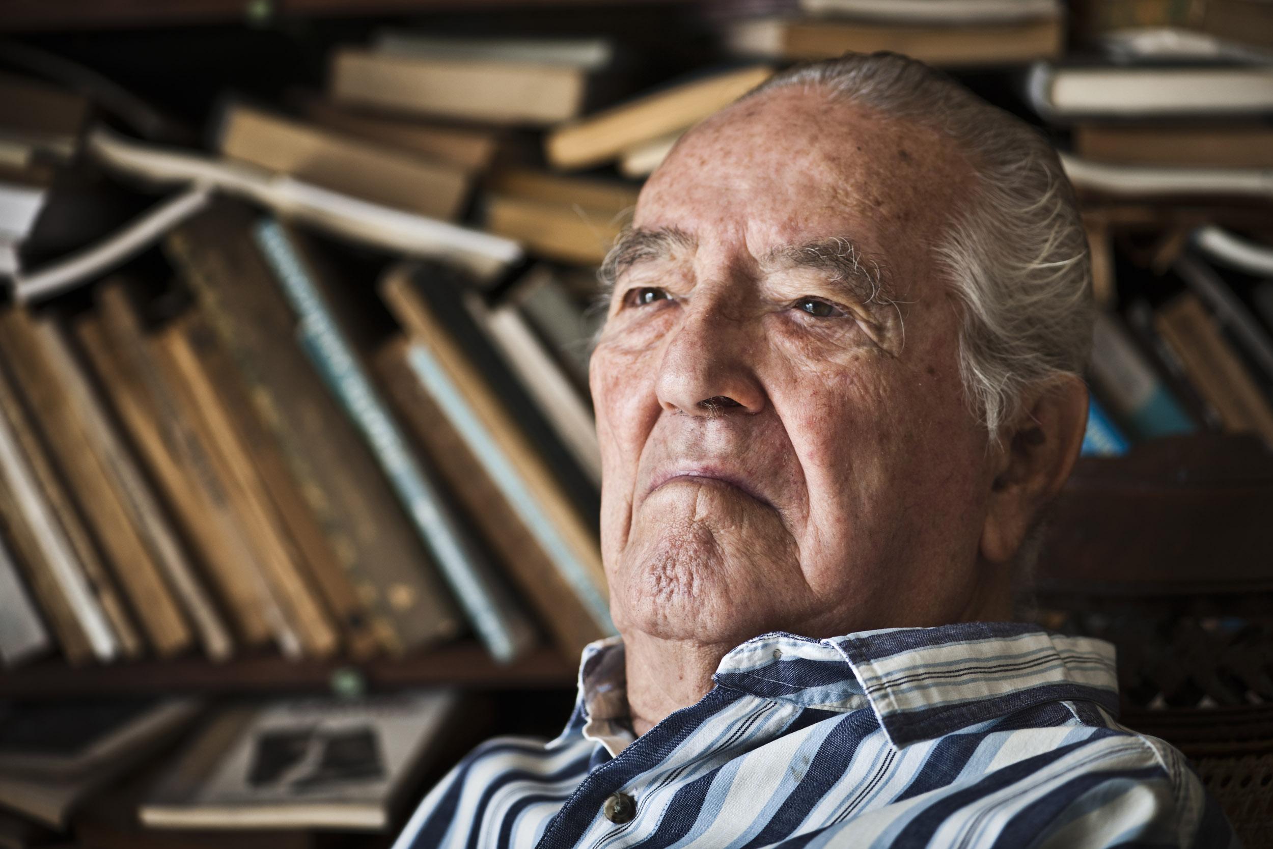 Jaime Zarusky, writer - Illuminated Cuba - Hector Garrido, Aerial and human photography