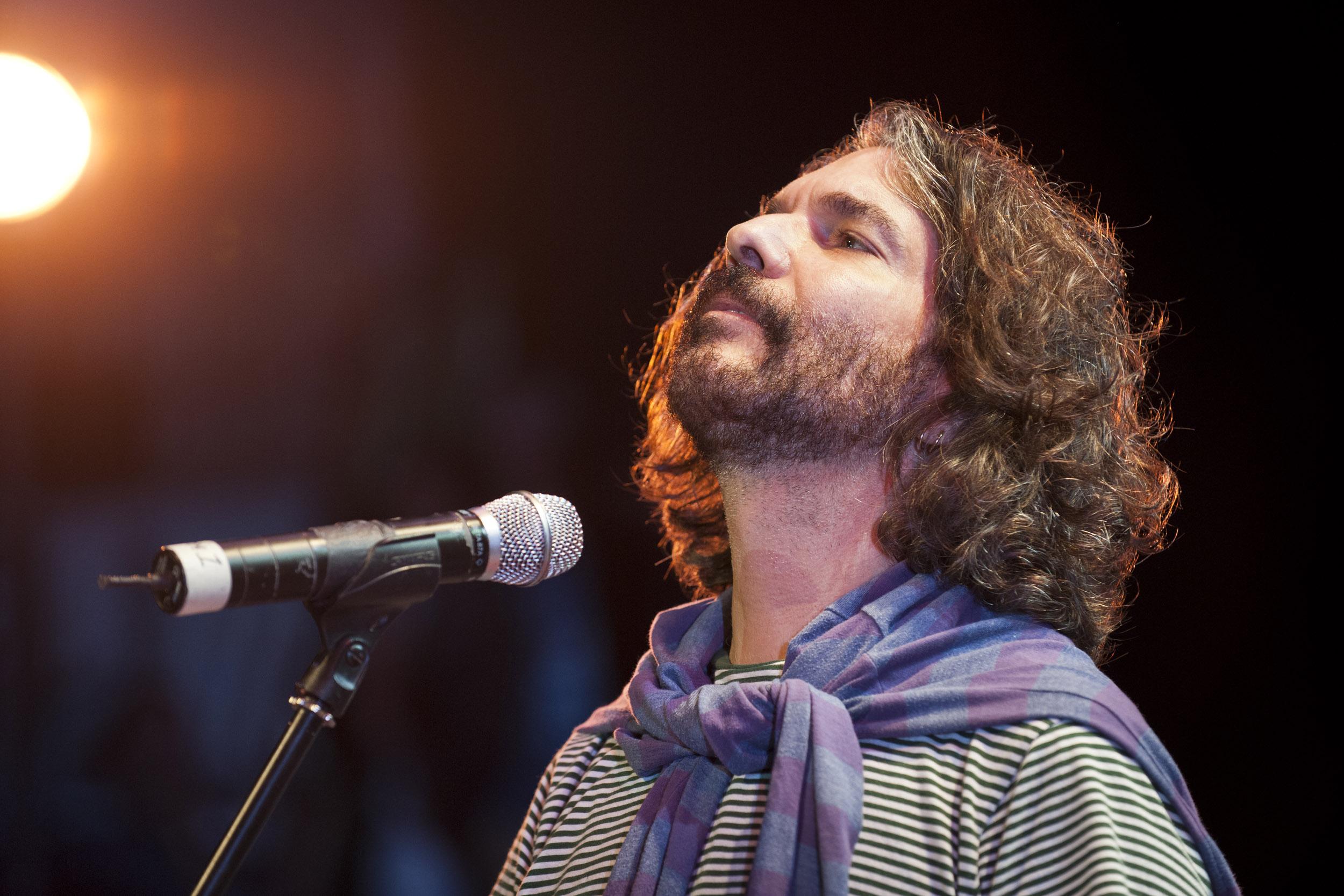 Santiago Feliú, musician - Illuminated Cuba - Hector Garrido, Aerial and human photography