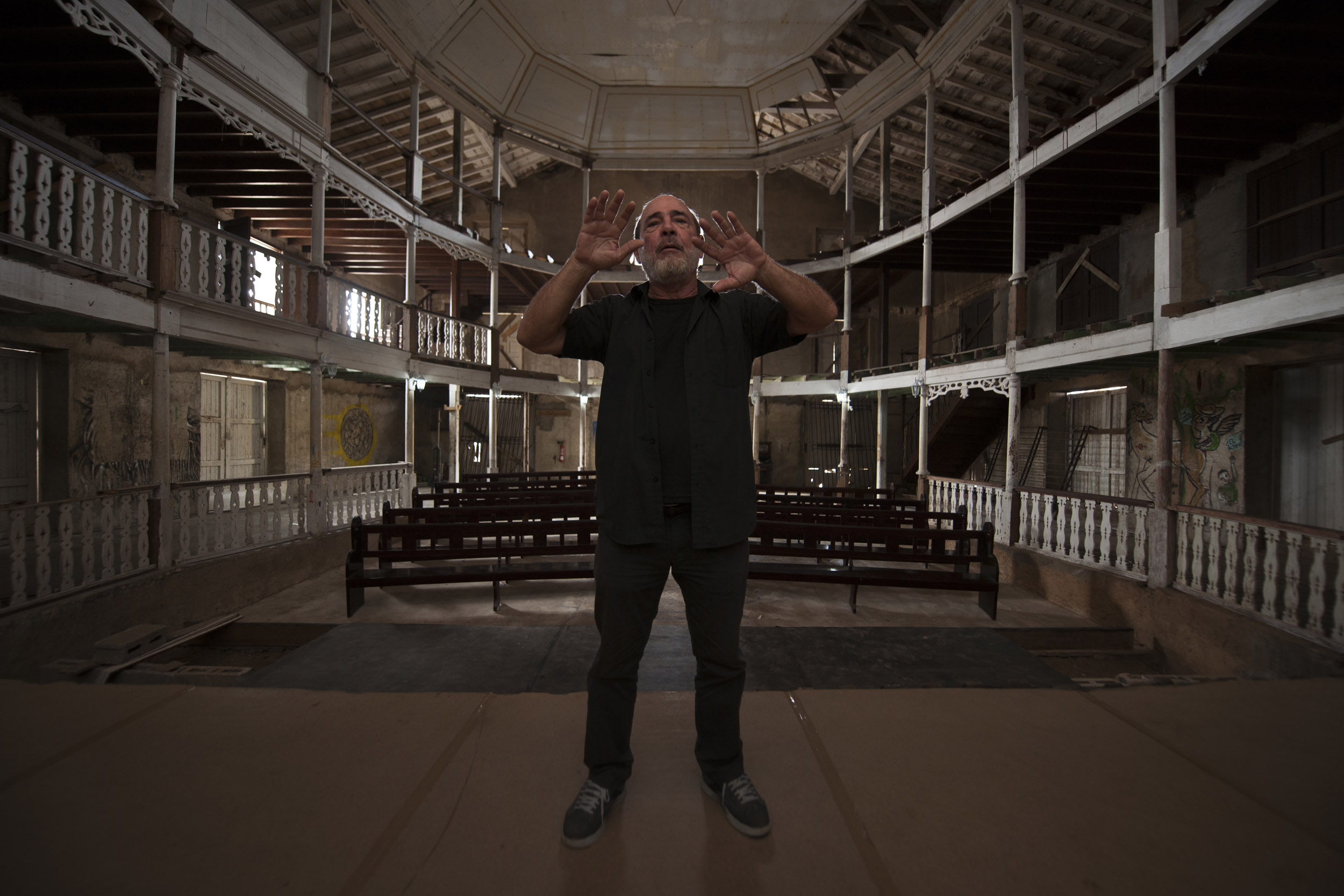 Aramís Delgado, actor - Illuminated Cuba - Hector Garrido, Aerial and human photography