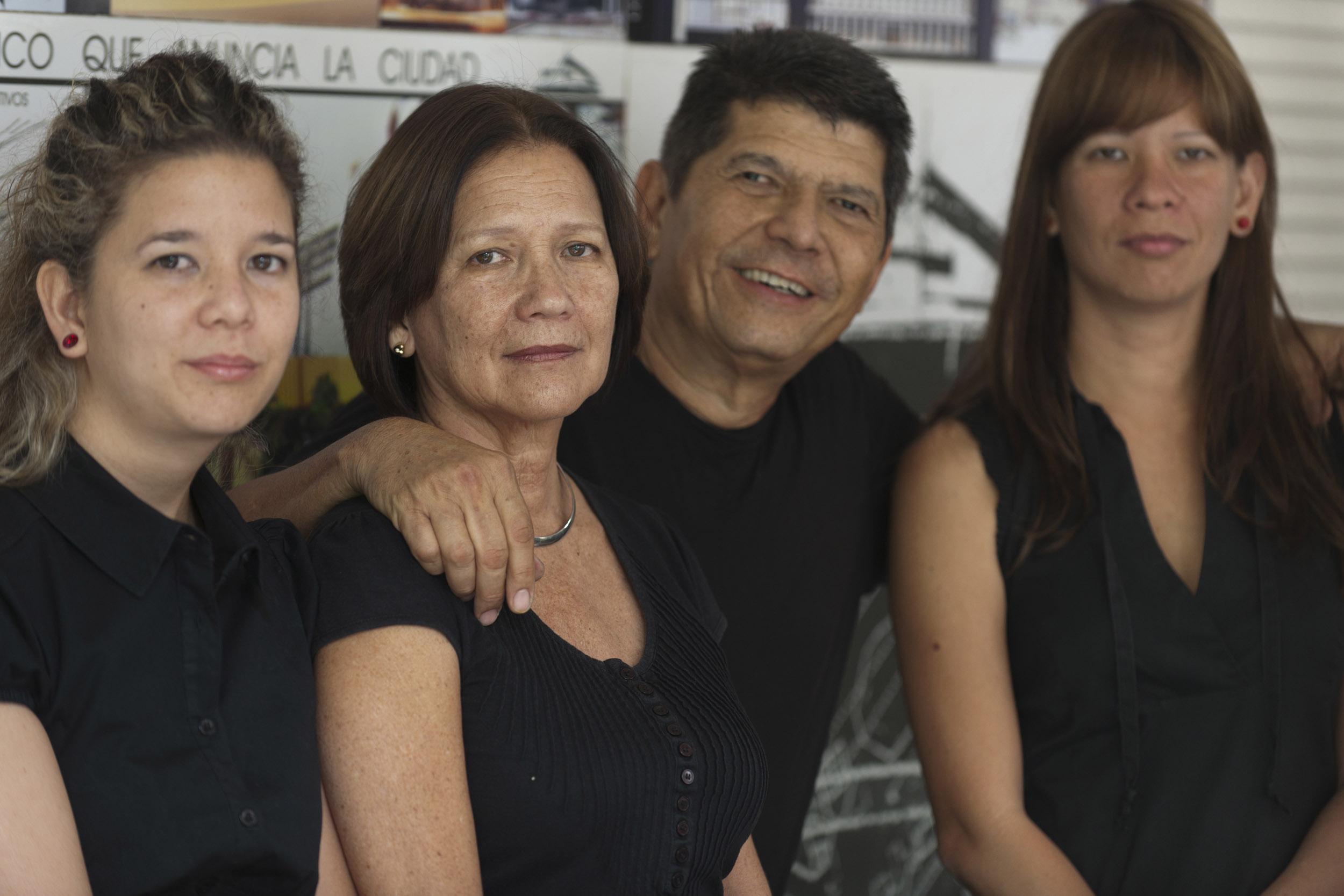 Choy's, architects - Illuminated Cuba - Hector Garrido, Aerial and human photography