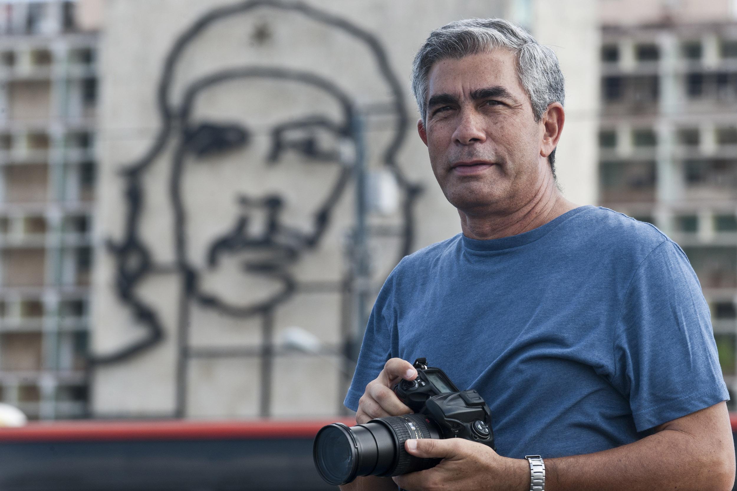 Julio Larramendi, photographer - Illuminated Cuba - Hector Garrido, Aerial and human photography