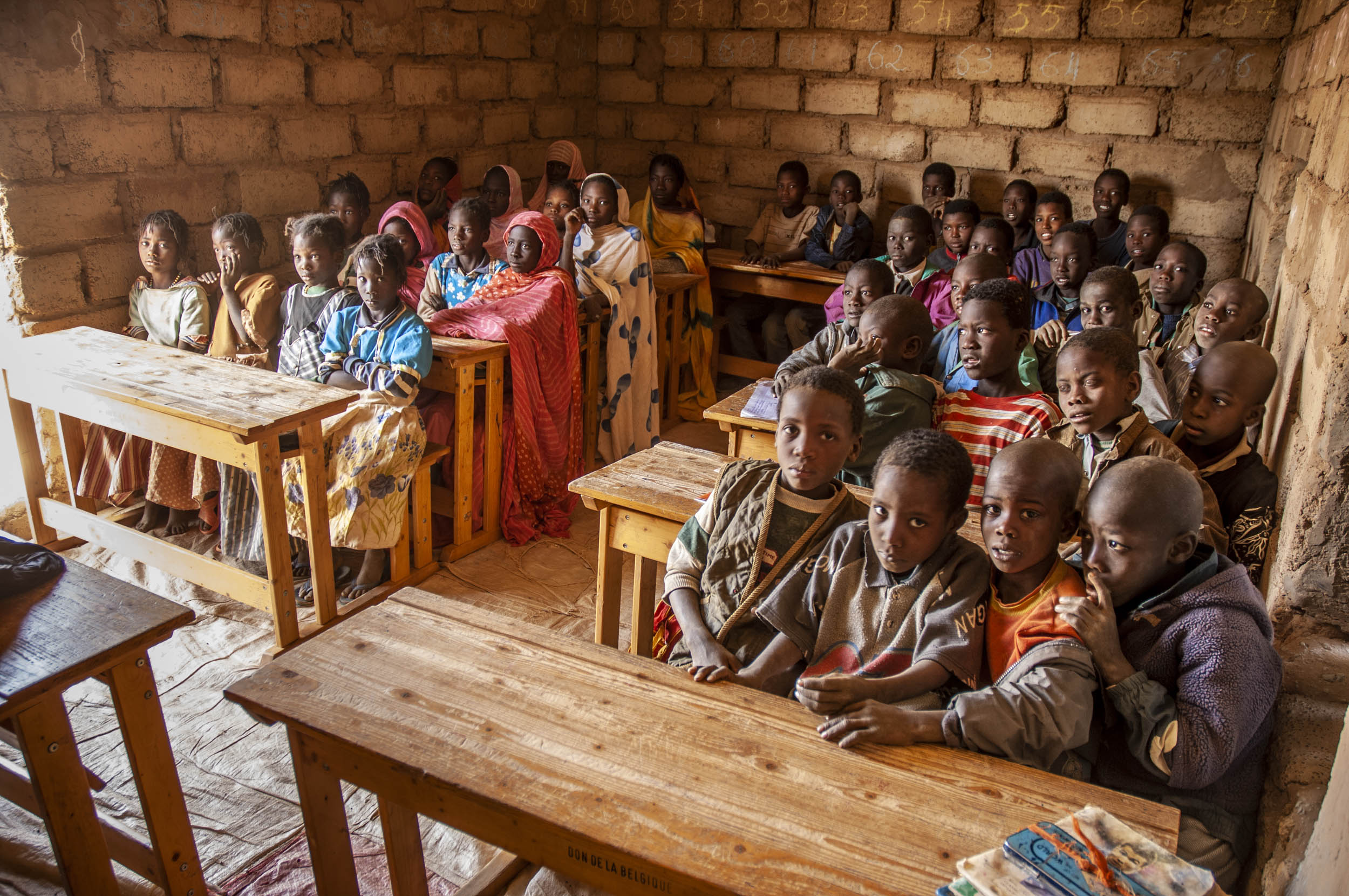 Escuela, Mauritania - Ethnoland - Hector Garrido, Aerial and human photography